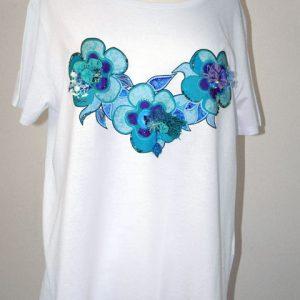 t-shirt azzurro