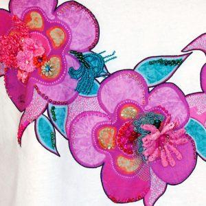 t-shirt rosa particolare